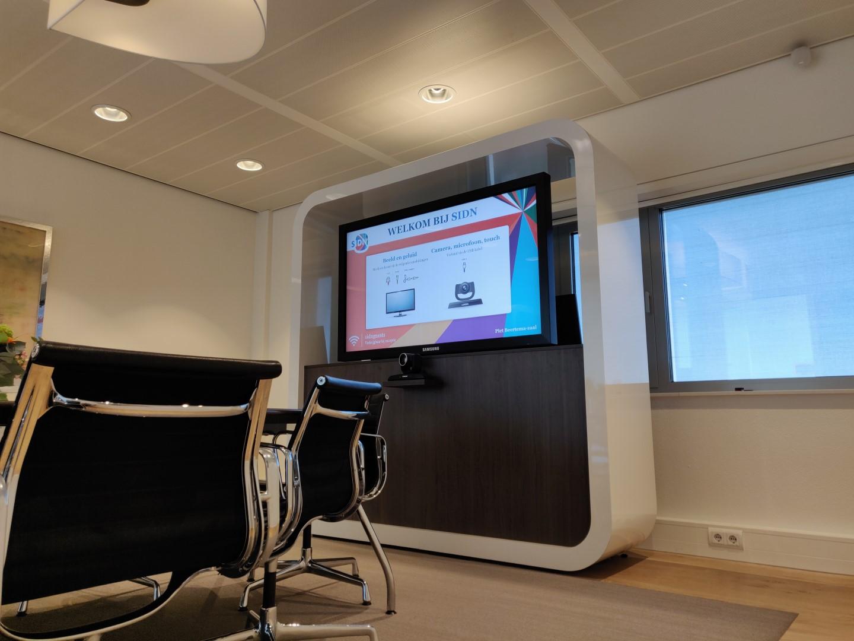 Videobellen en vergaderen bij SIDN